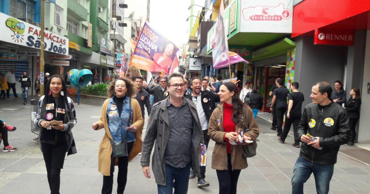 FOTOS: Roberto Robaina, Luciana Genro e Fernanda Melchionna em Santa Maria