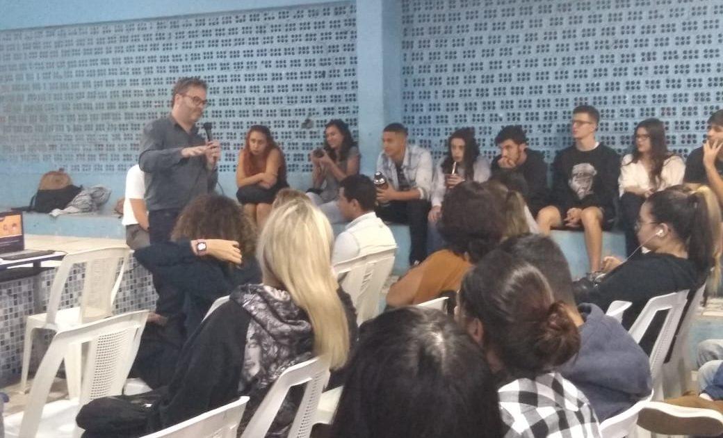 Comunidade da Ilha da Pintada discute instalação de Mina de Carvão em Eldorado