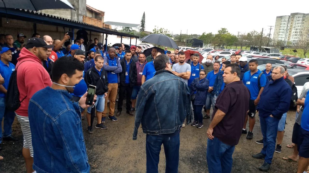 Rodoviários pedem pagamento de atrasados e proteção contra a Covid-19